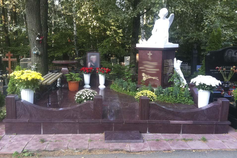 Памятники на перловское кладбище изготовление памятников липецк щербинка